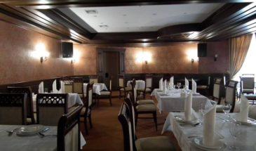 28-charos-restoran
